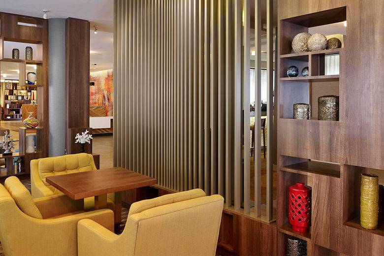 DoubleTree by Hilton Opens 10th London Location