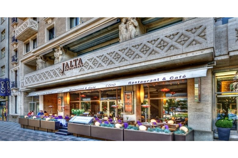Luxury jalta boutique hotel in prague joins hotelrez for Design boutique hotel prag