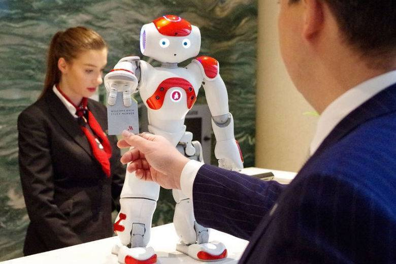 should thinking and feeling robots be The word feeling replaced with thinking (1 strongly dis- agree ,7 strongly agree ): outsourcing feeling tasks to robots    'concerns me,' 'disturbs me a great deal,' 'poses a threat to.