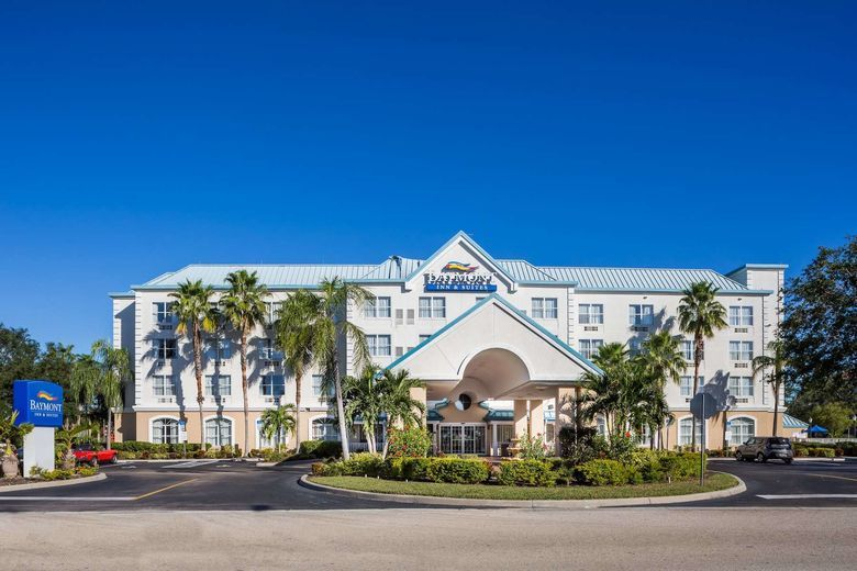 Baymont Inn & Suites by Wyndham, Fort Myers, Florida
