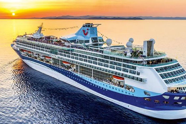 13 December 2018 Share Image copyrightTUI A rise in hotel and cruise bookings has helped European travel group Tui sail through another year with more than 10% growth in profits. It said next year, profits would grow a similar amount as customers also bo