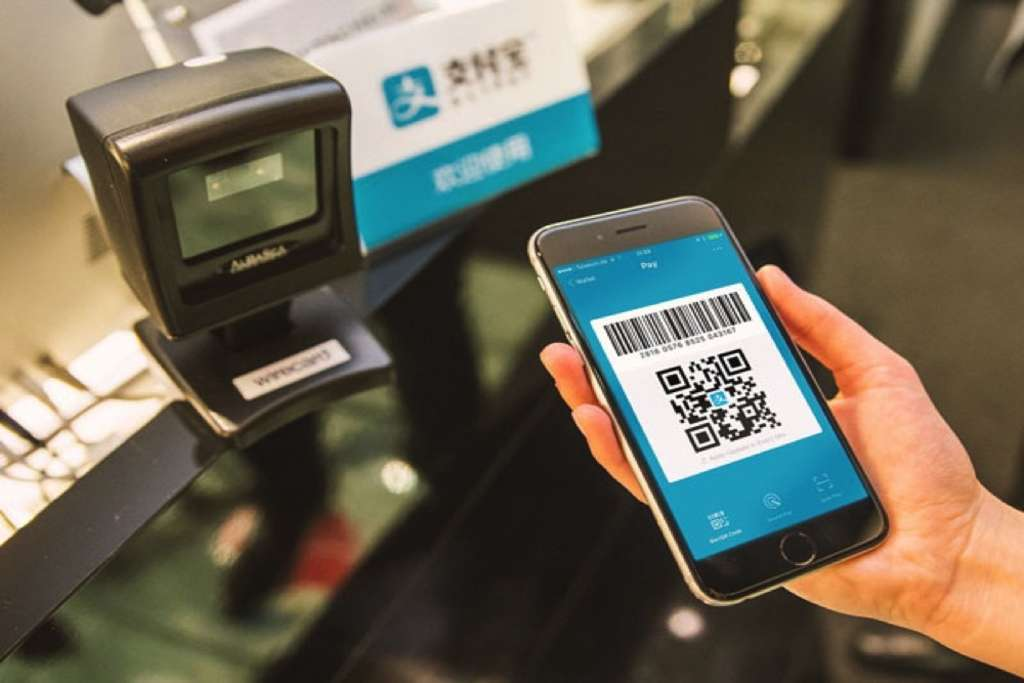 New Survey Finds Chinese Tourists Use Mobile Payments More