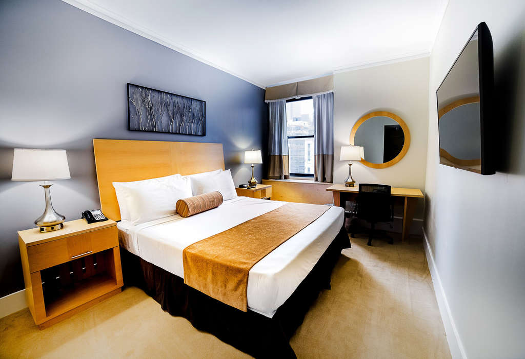 Newly Renovated And Re Imagined Central >> New York City S Most Significant Hotel Celebrates 100 Years